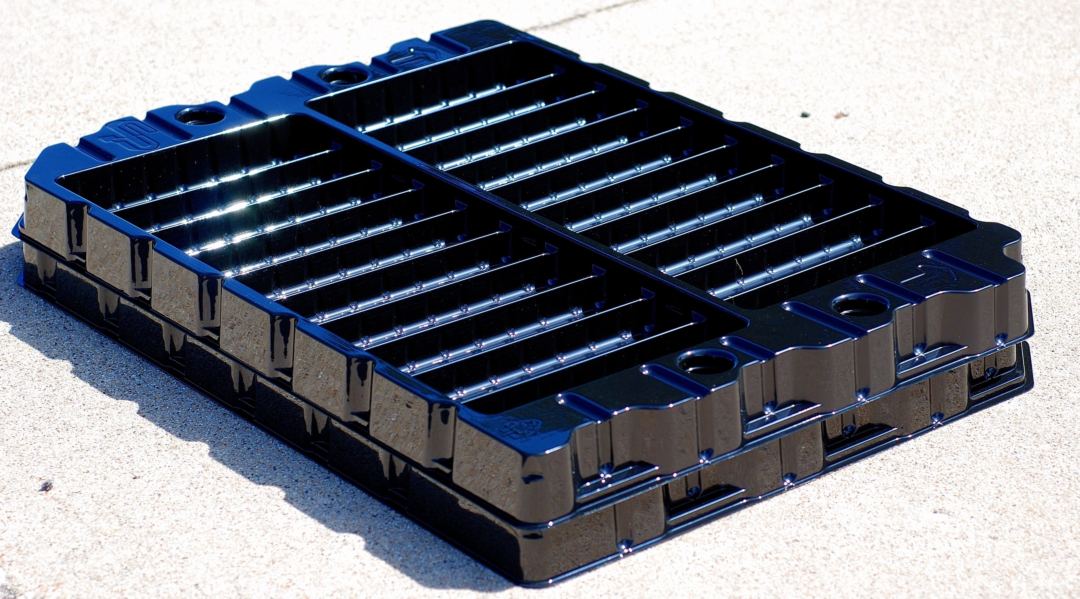 Dunnage Trays